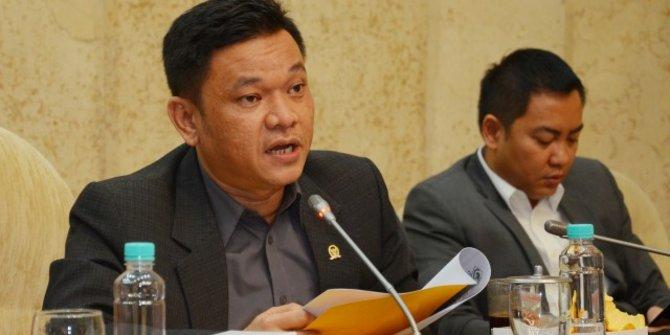 Punya Visi-Misi Ganda, TKN Sebut Jurus Ngeles Prabowo-Sandi