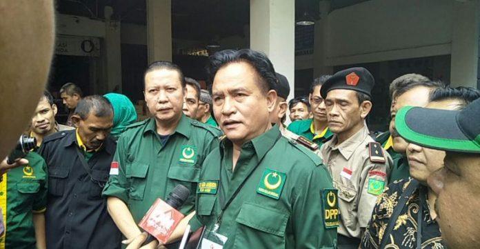 yusril perintahkan caleg pbb berafiliasi fpi untuk undurkan diri, dukungan PBB, Jokowi-Maruf