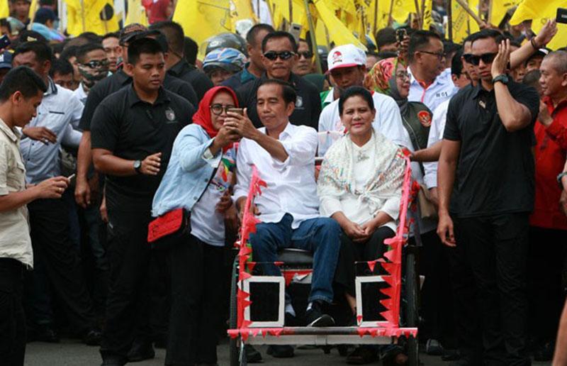 Jokowi, di ambang kemenangan, survei lsi denny ja