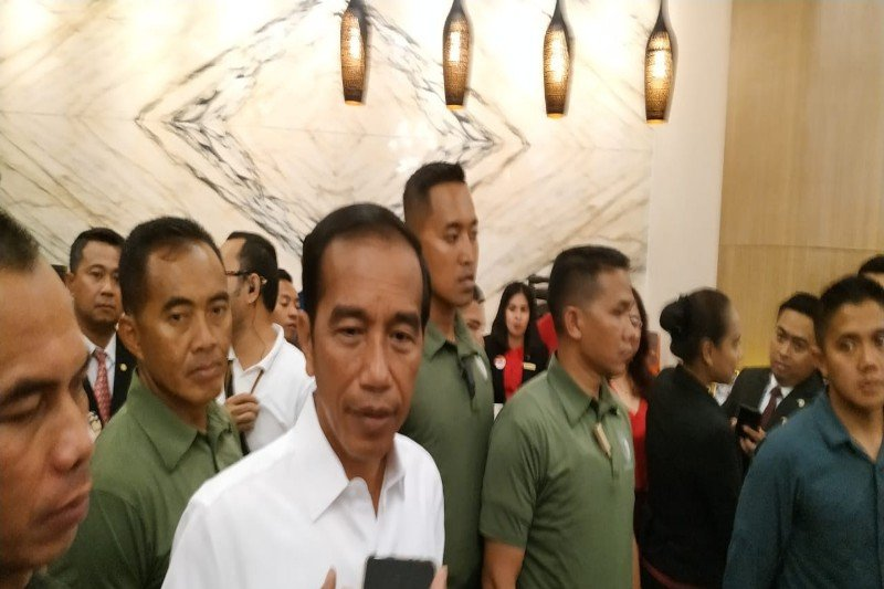 People Power, Jokowi, Amien Rais