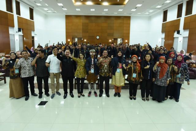 Kegiatan Parlemen Remaja Tingkat SMA/SMK/MA tahun 2019 di Wisma Griya Sabha Kopo DPR RI, Bogor, Jawa Barat.