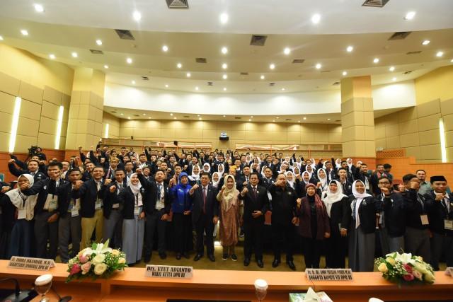 Parlemen Remaja 2019 Fokus Bahas UU Pengelolaan Sampah