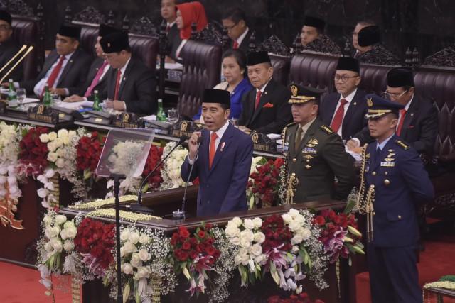 Presiden Ajak DPR Rumuskan Dua UU Besar
