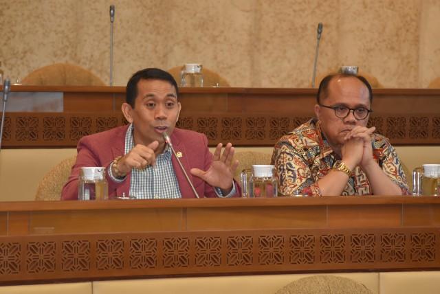 Pemekaran Provinsi Untuk Distribusi Kesejahteraan