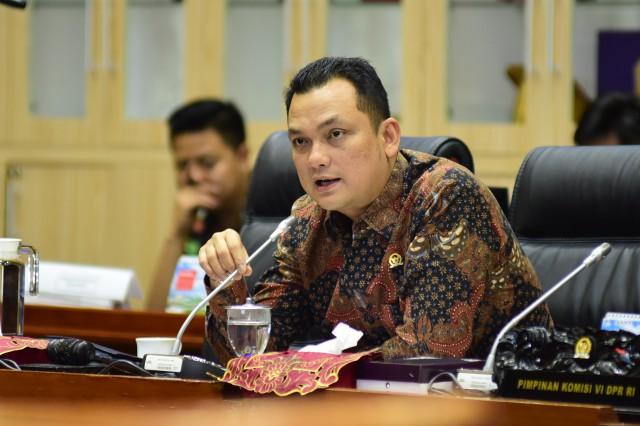 Komisi VI Siap Proteksi Perdagangan Semen Asli Indonesia