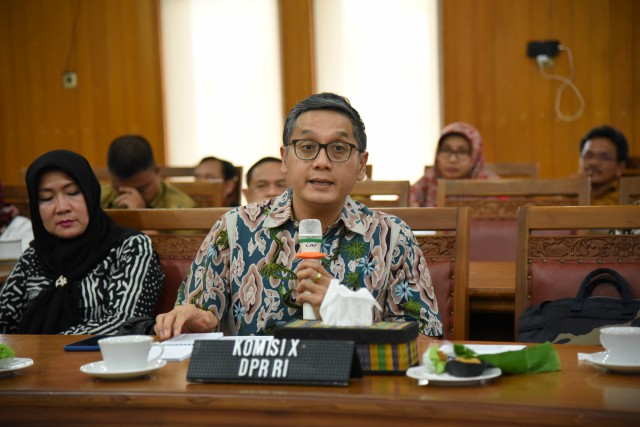 Komisi X Dorong Sinergi Kelola Wisata Borobudur