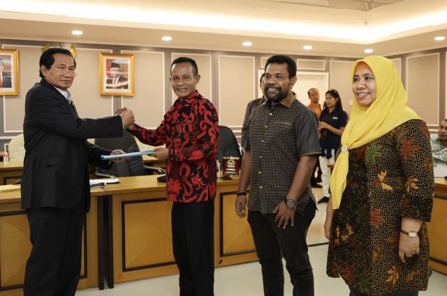 Achmad Hatari Dukung Peningkatan DID Maluku Utara