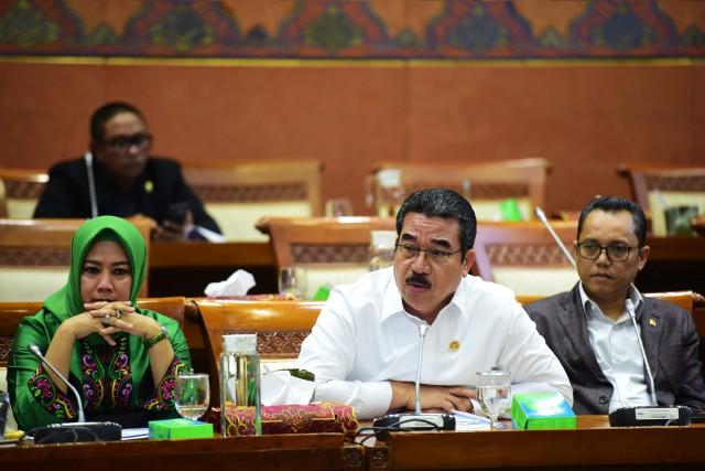 PLTS Solusi Peningkatkan Rasio Elektrifikasi Maluku