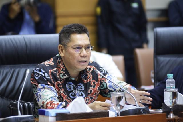 DPR Minta Menkumham Perketat Pelaksanaan Fungsi Keimigrasian