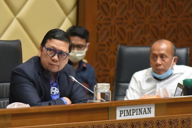 Komisi II Tegur Keras dan Laporkan Menkumham Kepada Presiden