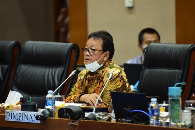 Komisi VII dan Menteri ESDM Sepakati Asumsi Dasar Makro Sektor ESDM dalam RAPBN 2021