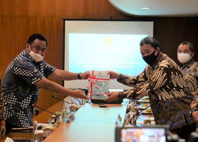 DPR Terima Laporan Keuangan 2019 dari BPK