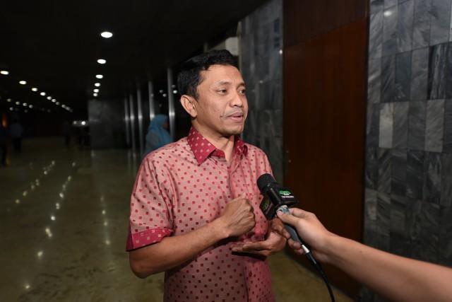Setahun Pemerintahan Jokowi Penuh Cobaan