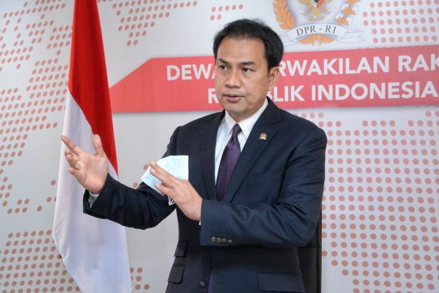Azis Syamsuddin Tekankan Pengawasan dan Penegakan Disiplin Prokes dalam Pilkada
