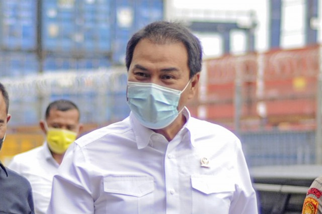Azis Syamsuddin Minta Standar Prosedur Salat Tarawih dan Idulfitri Disosialisasikan