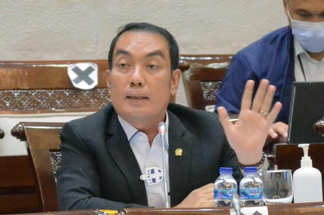 DPR Desak Pemerintah Segera Benahi Masalah Keuangan Garuda Indonesia