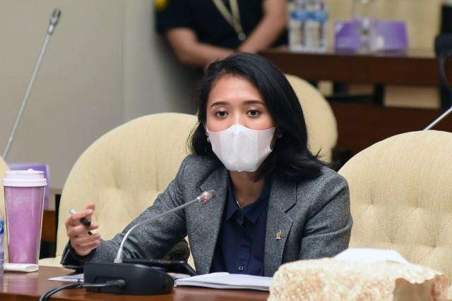 Puteri Komarudin Soroti Kinerja Penyaluran Kredit dan Literasi Keuangan
