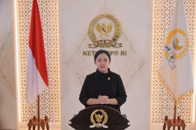 Puan Pimpin Rapat Paripurna HUT ke-76 DPR RI