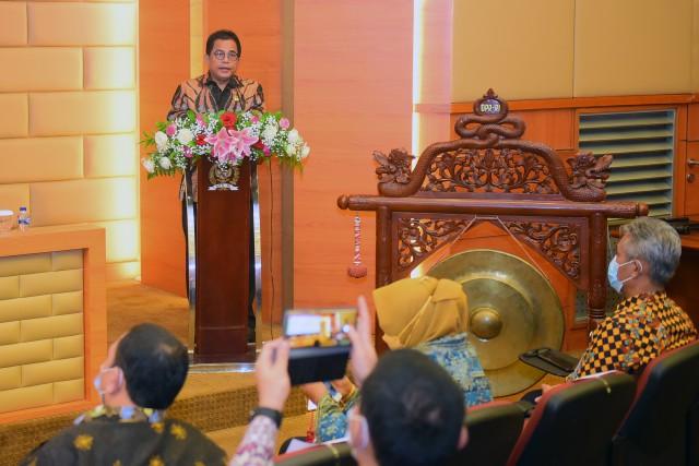 Setjen DPR Luncurkan Pedoman 'Regulatory Impact Analysis'